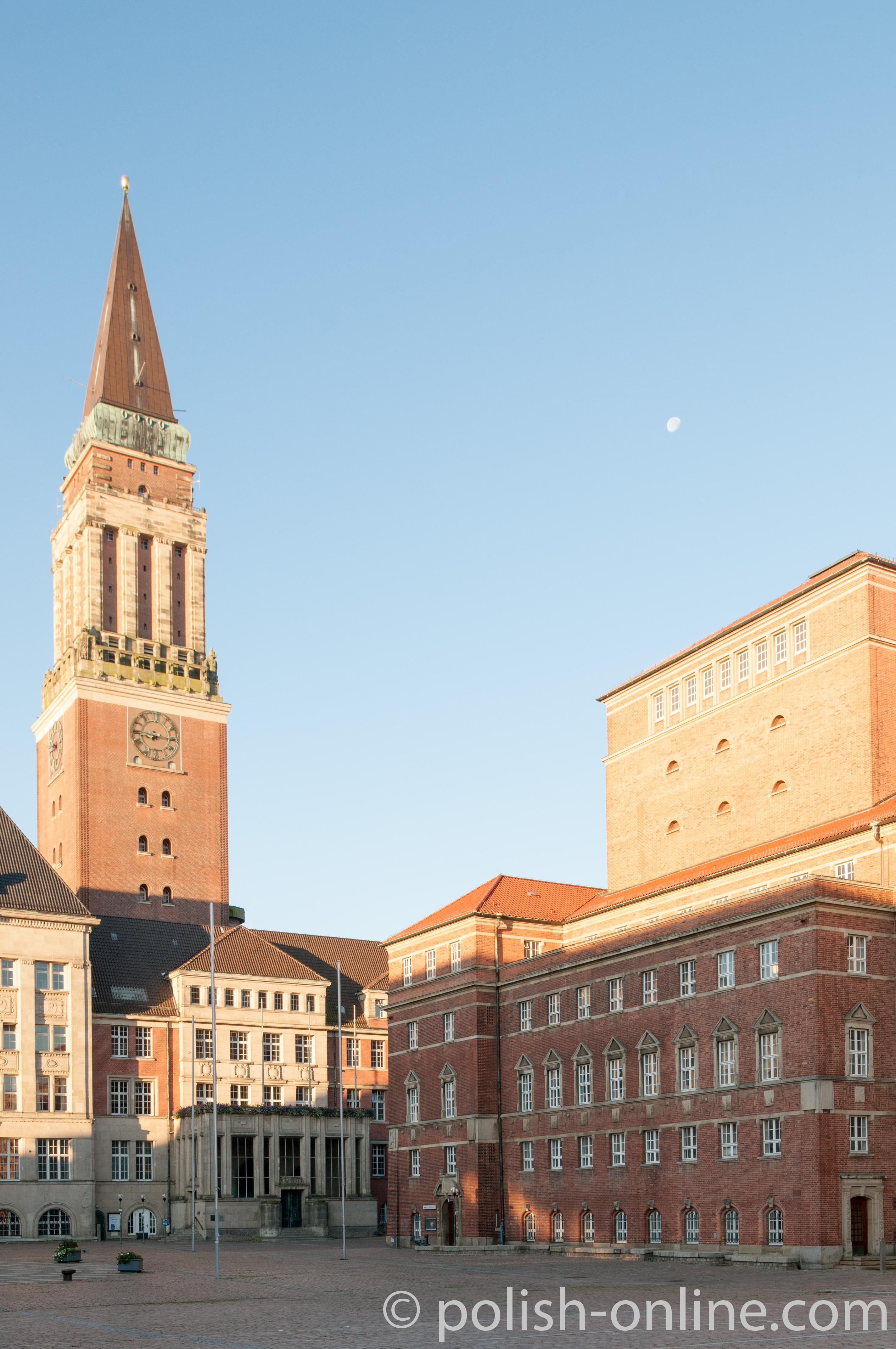 Kieler Oper und Rathaus