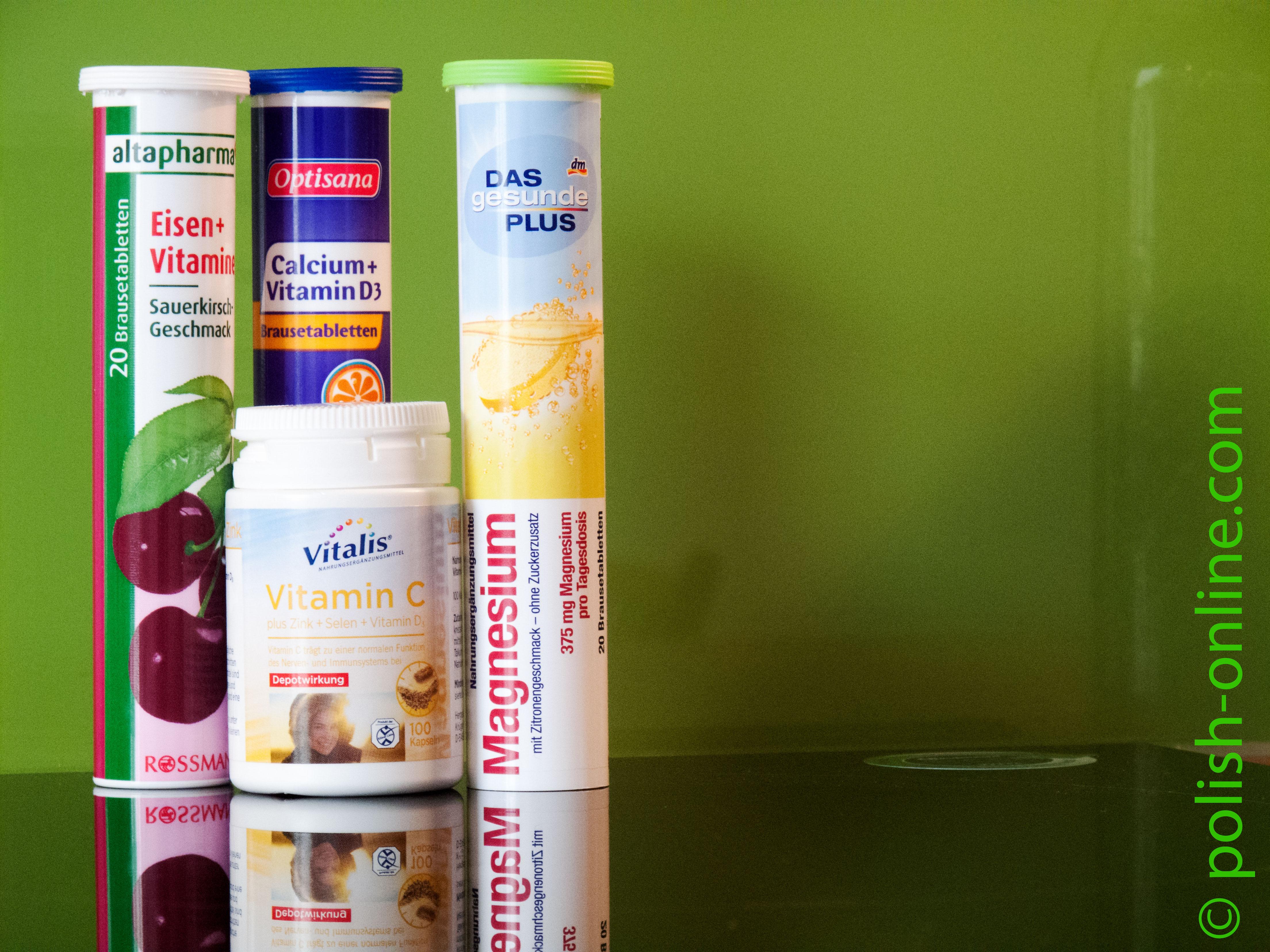 vitamintabletten in einem polnischen gesch ft in stolpm nde ustka. Black Bedroom Furniture Sets. Home Design Ideas