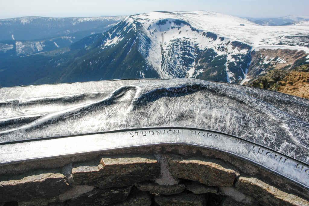 Brunnenberg (Studniční hora) im Riesengebirge