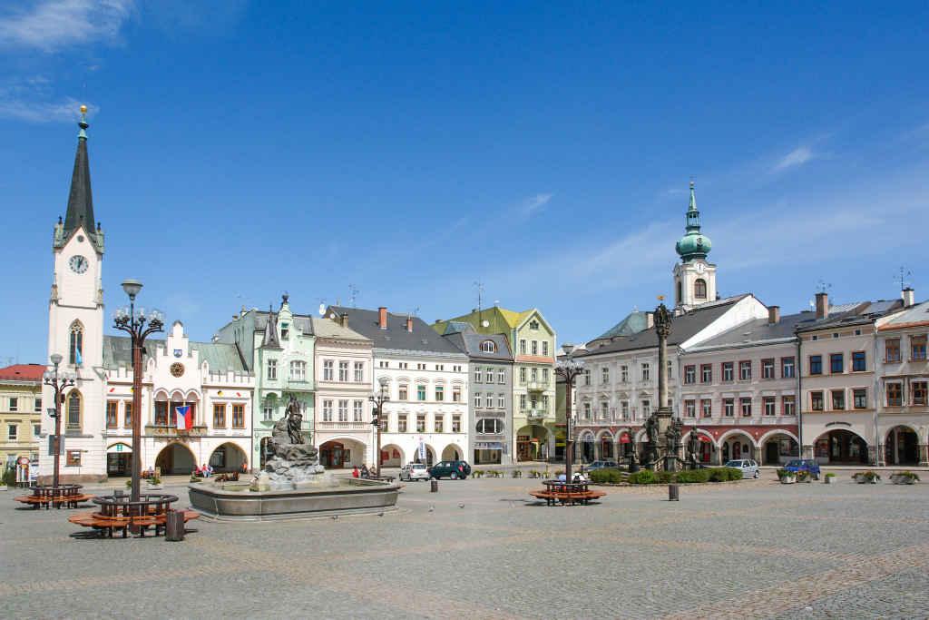 Marktplatz von Trautenau (Trutnov) in Tschechien