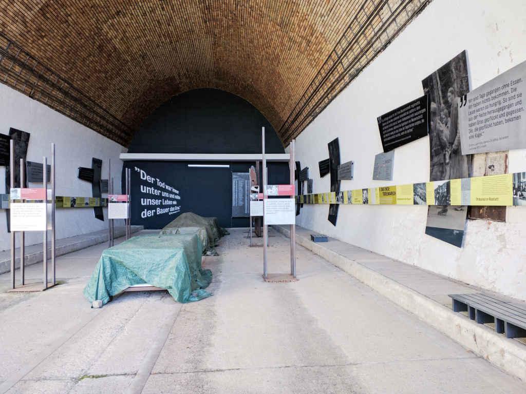 Ausstellung KZ Leonberg im Alten Engelberttunnel