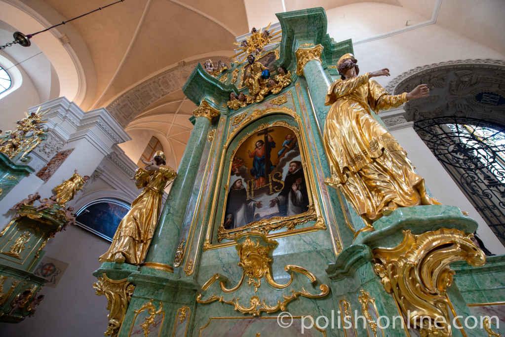 Seitenaltar in der Dominikanerkirche in Lublin