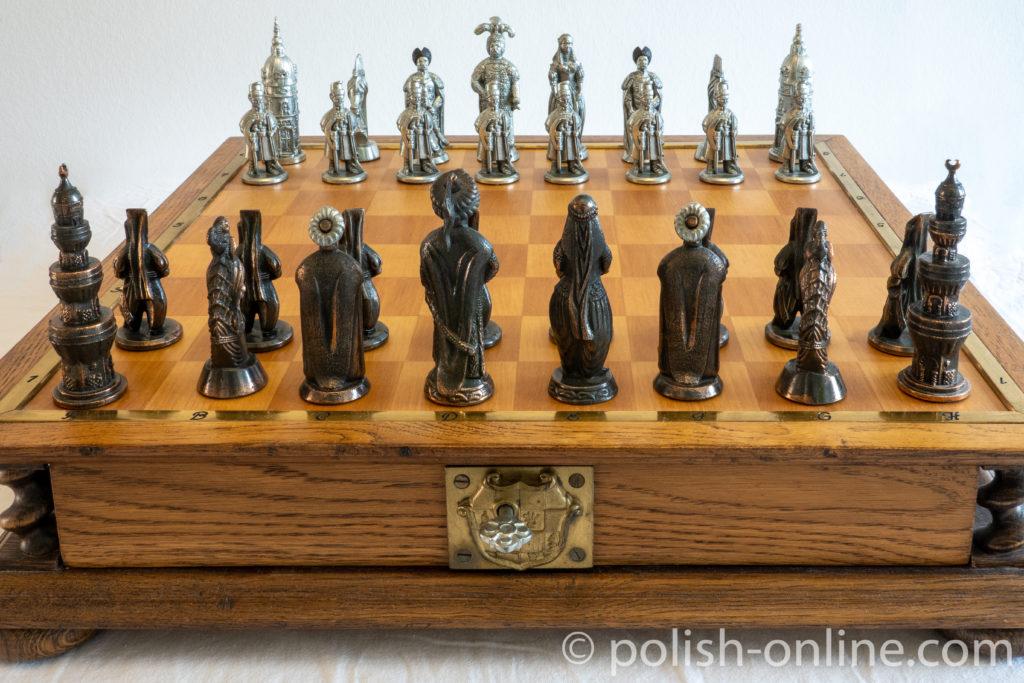 """Schachspiel aus Holz """"Entsatz von Wien 1683"""""""