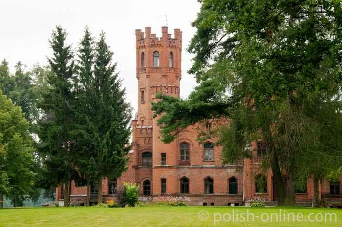 Neogotisches Schloss in Sorquitten (Sorkwity)