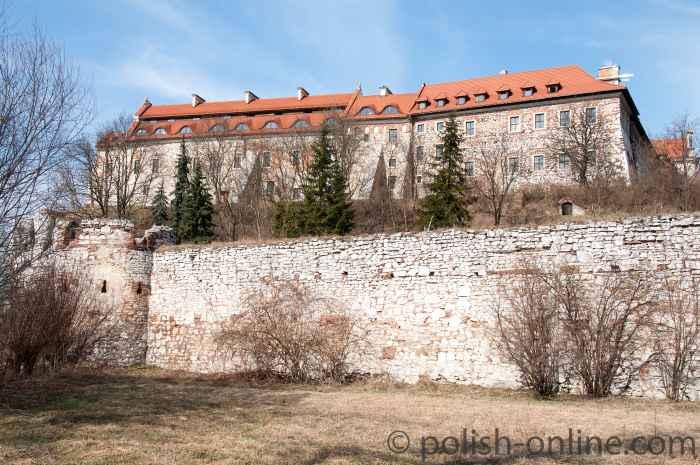 Die Südseite des Benediktinerklosters in Tyniec