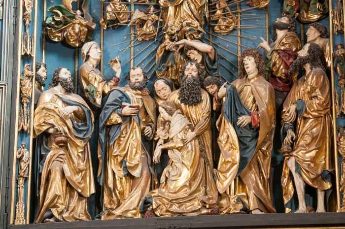 Teil des Hochaltars der Marienkirche in Krakau