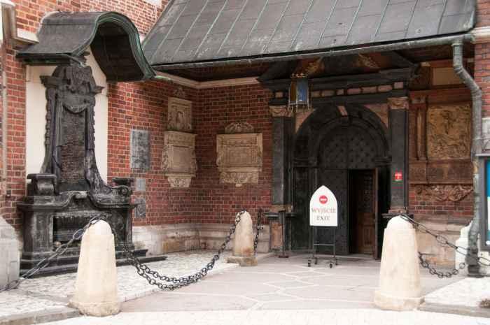 Portal zum Presbyterium Marienkirche Krakau (Kraków)