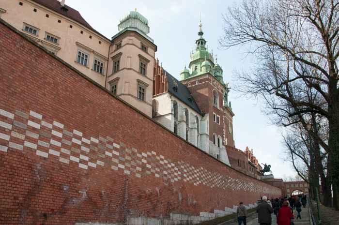 Wappentor auf der Wawel-Burg Krakau