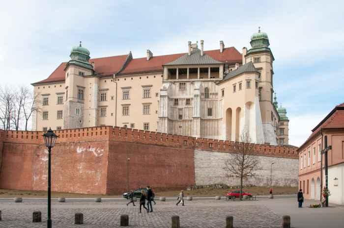 Südseite des Königsschlosses in Krakau (Kraków)