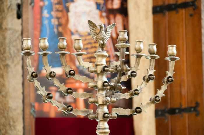 Menora in der Alten Synagoge Krakau