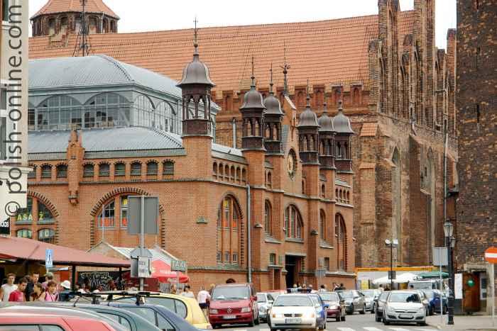 Fassade der Danziger Markthalle (Hala Targowa)