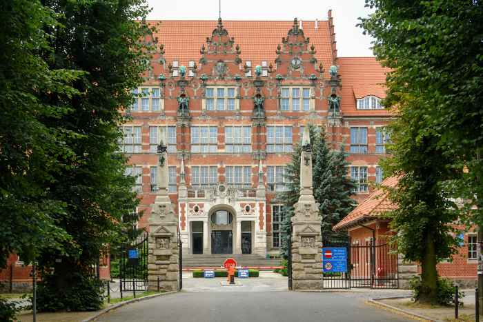 Technische Hochschule Danzig - Eingang