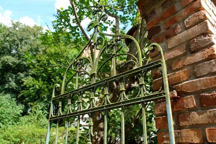 Gartentor der Villa Schrey in Danzig Langfuhr / Jäschkental