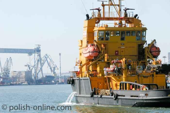 Schadstoffbekämpfungsschiff Kapitan Poinc