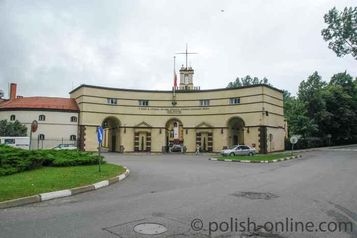 Torhaus zu den Kasernen des Architekten Marian Lalewicz