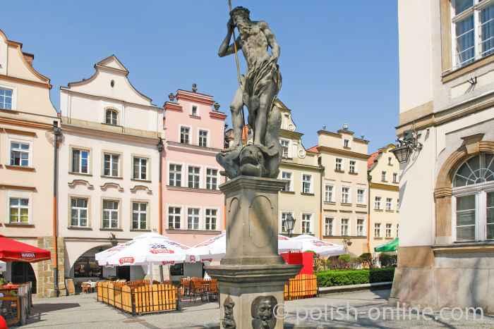 Neptunbrunnen vor dem Rathaus