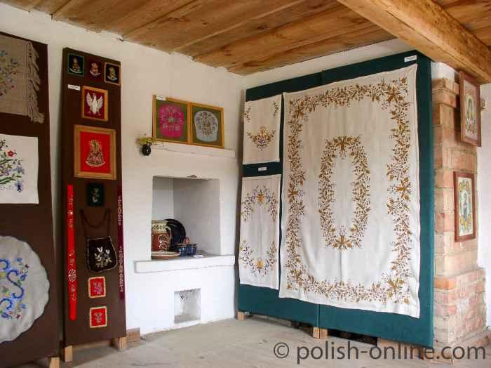 Decken mit Kaschubischen Mustern