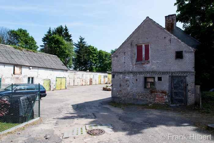 Alte Wirtschaftsgebäude in Groß Born (Borne Sulinowo)