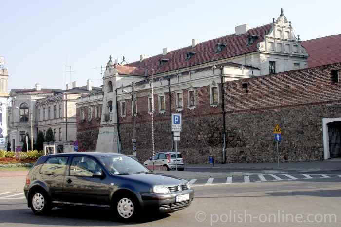 Dominikanerinnen-Kloster in Piotrków Trybunalski