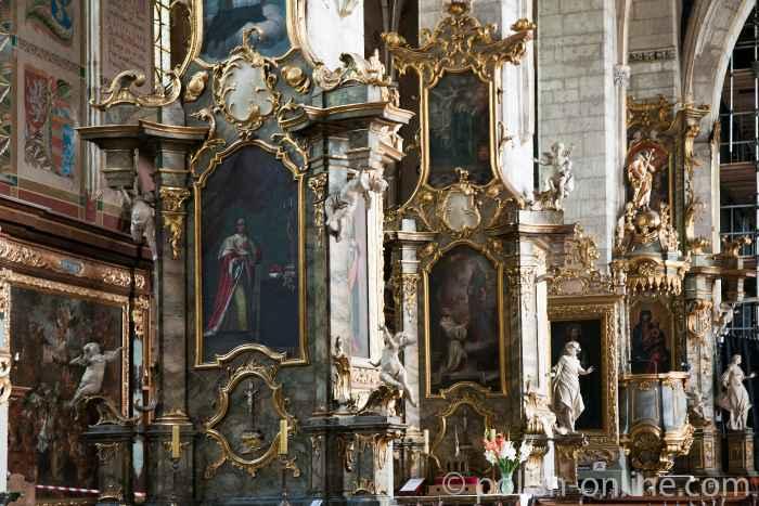 Im Hauptschiff der Katedrale (Dom) von Sandomierz