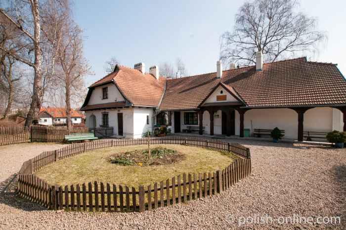 Gutshaus in Bronowice