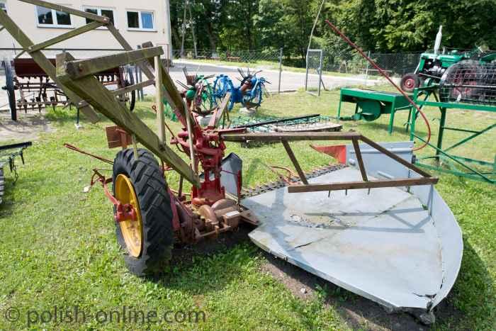 Mähdrescher im Museum der Landwirtschaftlichen Produktionsgenossenschaft in Bolegorzyn (Gut Bulgrin)