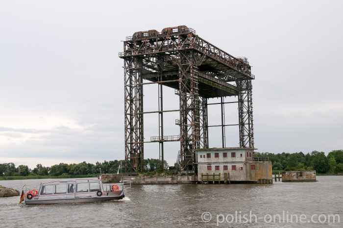 Ruinen der Karniner Hubbrücke