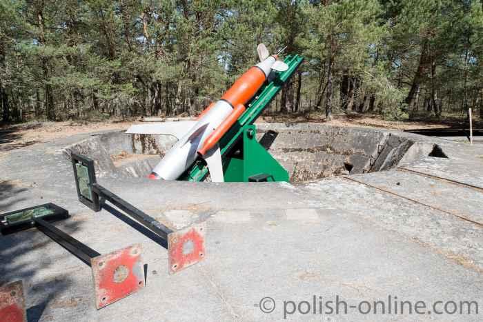 Reste einer Raketenabschussrampe auf der Lebaer Nehrung (Mierzeja Łebska) in Polen.