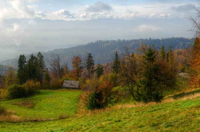 Berge im Gorce-Gebirge in Südpolen