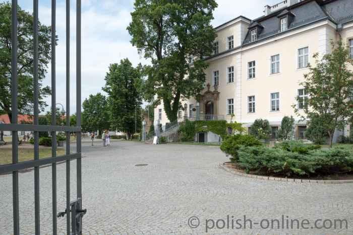 Schloss Gut Kreisau (Krzyżowa)