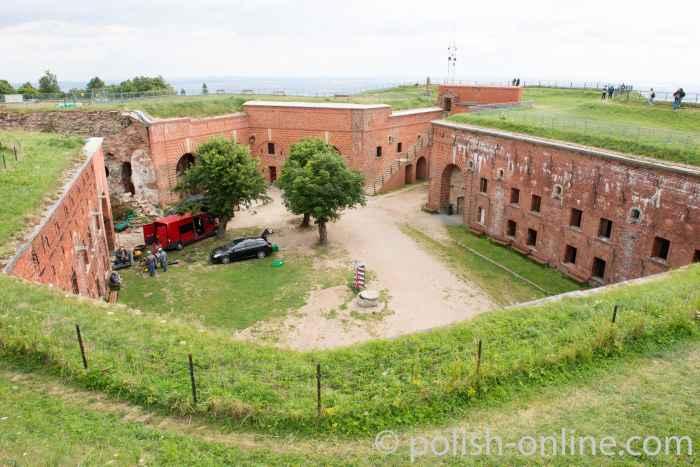 Das Innere des Donjon der Festung Silberberg (Twierdza Srebrnogórska)