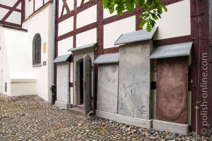 Grabplatten Friedenskirche Jauer (Jawor)
