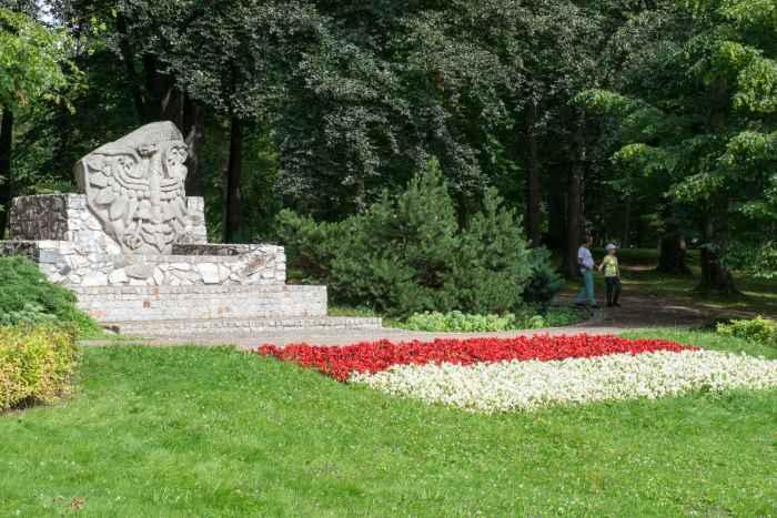 Denkmal im Park der 1.000 Jahre in Bad Landeck (Lądek Zdrój)