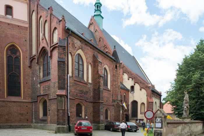 Pfarrkirche St. Anna in Frankenstein (Ząbkowice Śląskie)