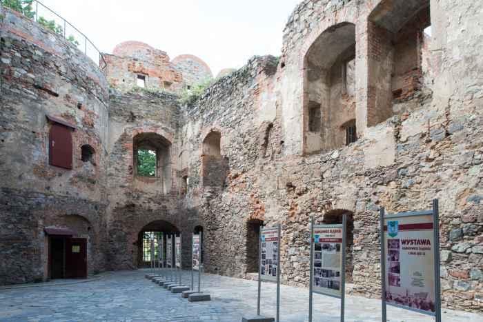 Innenhof des Schlosses in Frankenstein (Ząbkowice Śląskie)