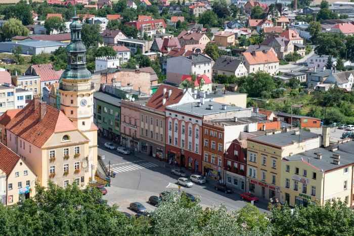 Rathaus und Markt von Ottmachau (Otmuchó)