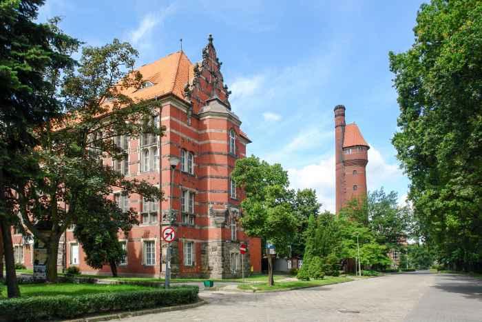 Gebäude der Fakultät für Elektrotechnik und Automatisierung in Danzig