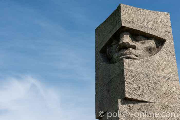 Obelisk in der Gedenkstätte der Tannenberg-Schlacht
