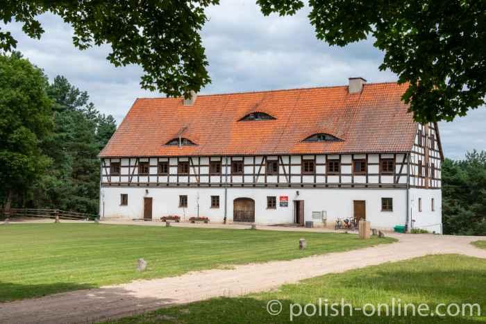 Hofspeicher eines Meierhofes in Skandau (Skandawa) im Freilichtmuseum Hohenstein