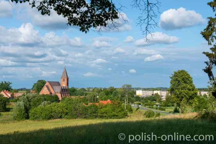 Die Neogotische Kirche Kościół św. Andrzeja Boboli in Dubeningken