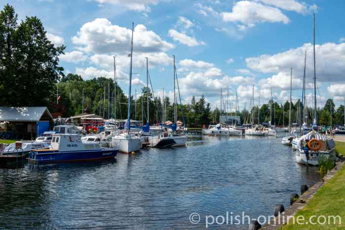 Segelboote in der Marina in Angerburg (Węgorzewo) in Masuren