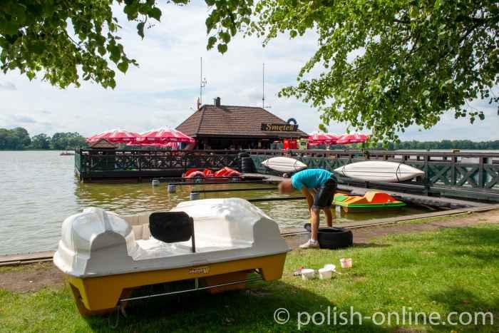 Restaurant und Bootsverleih am Lycker See in Masuren
