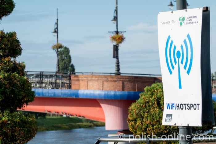 Wifi-Hotspot am Ufer der Warthe in Gorzów Wielkopolski in Großpolen