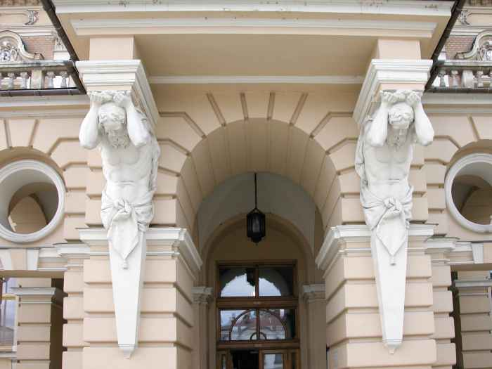 Eingang des Rathauses in Neu Sandez (Nowy Sącz)