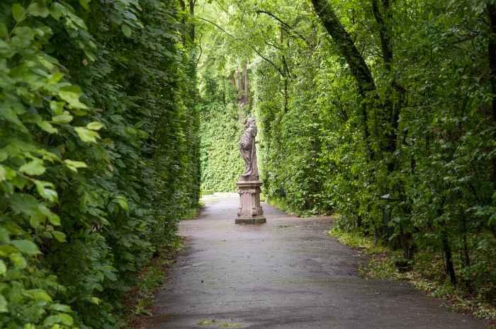 Statue im Barockgarten von Wilanów in Warschau