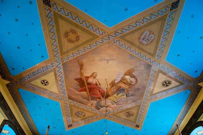 Deckenmalerei in der Erzengel-Michael-Kirche in Ustrzyki Dolne