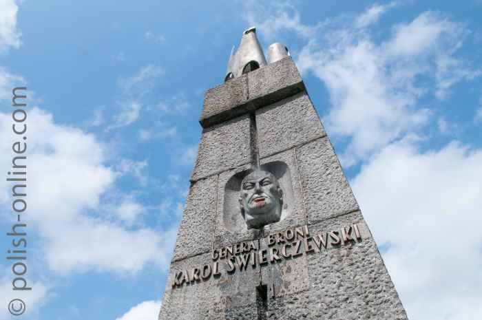 Denkmal für den polnischen General Karol Świerczewski