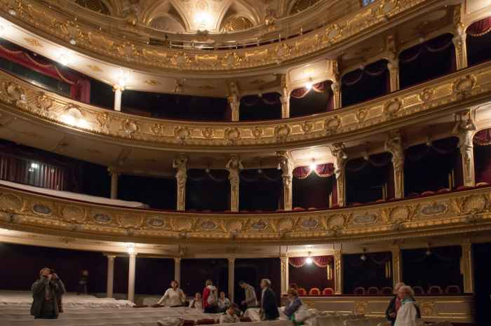 Logen im Zuschauerraum der Lemberger Oper