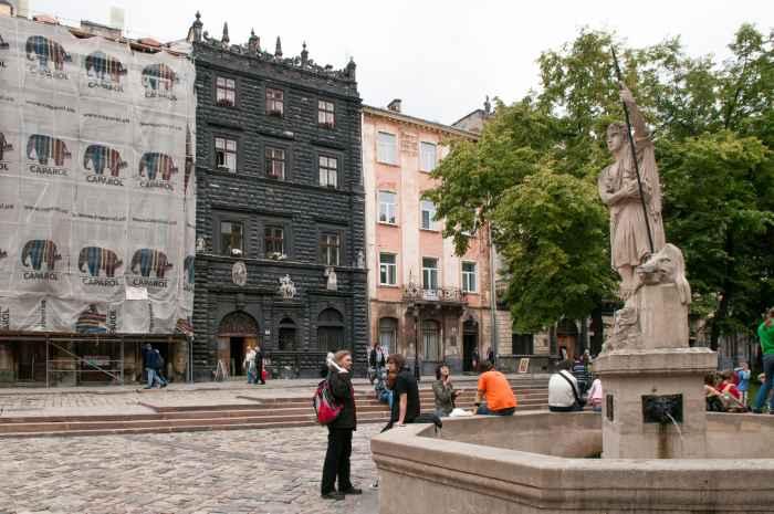 Das Schwarze Haus am Markt von Lemberg