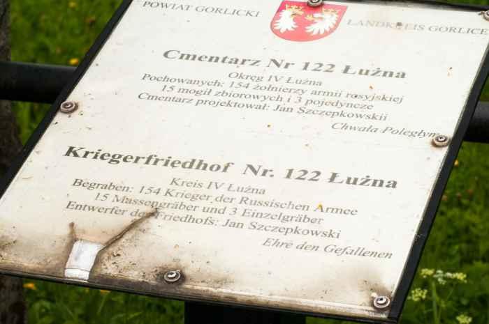 Gräber von orthodoxen Soldaten bei Łużna in Kleinpolen